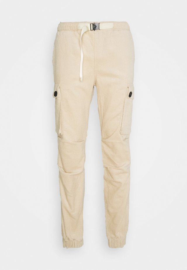 CORDUROY CARGO - Pantalones cargo - beige