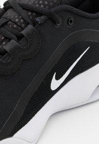 Nike Performance - AIR MAX VOLLEY CLAY - Tennisskor för grus - black/white - 5