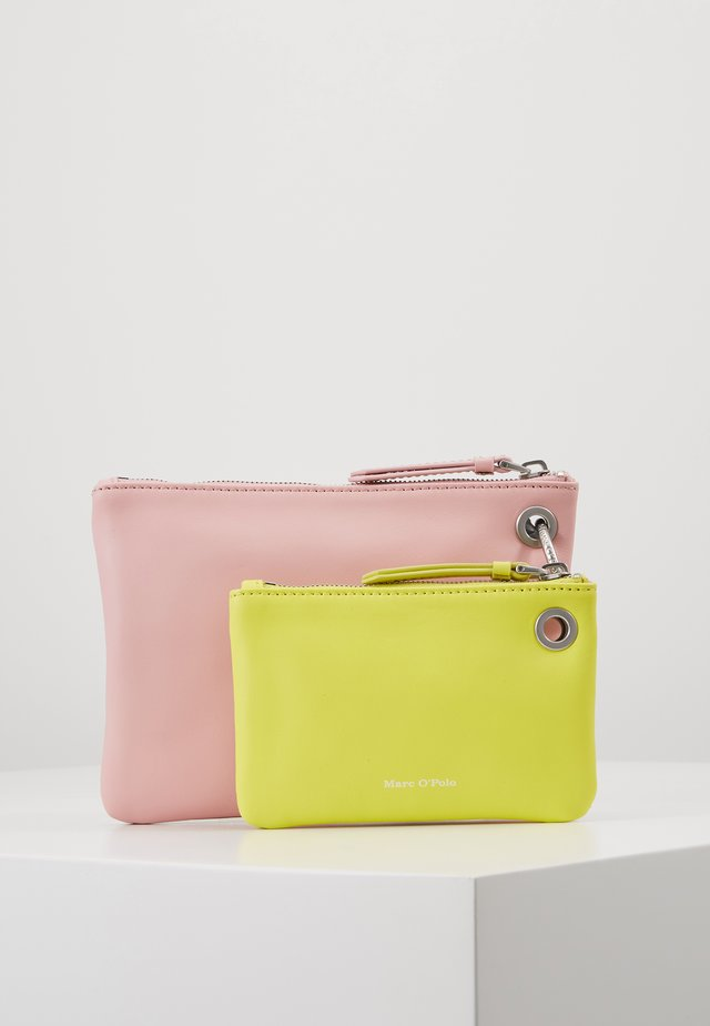 POUCH - Clutch - light pink