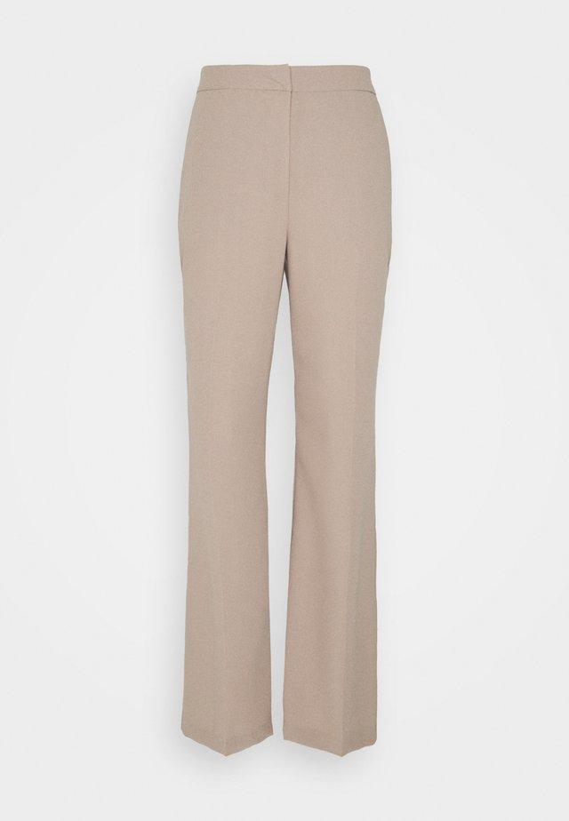 SHAPED SUIT PANTS - Bukse - taupe