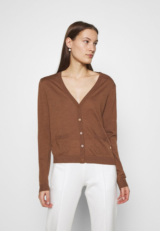 WHITNEY - Vest - caramello