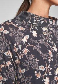s.Oliver BLACK LABEL - Day dress - black floral aop - 3