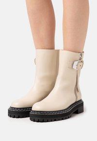 Proenza Schouler - Platform ankle boots - butter - 0