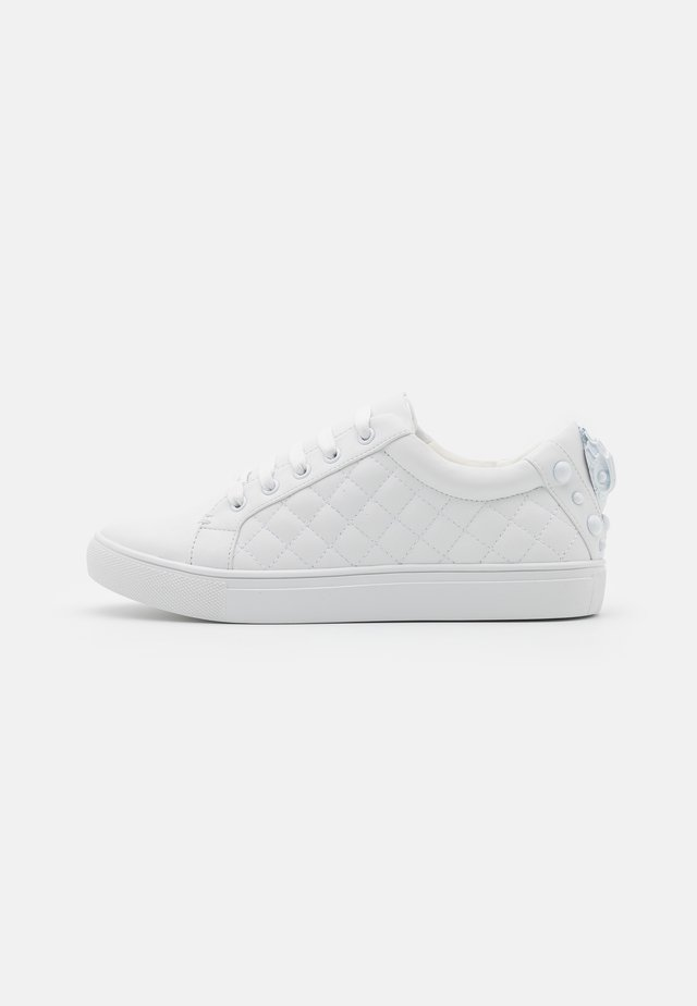 LUDO DRENCH - Trainers - white