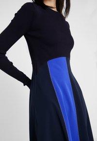 Sportmax Code - RUPIA - Strikket kjole - blau - 6