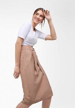 Pencil skirt - caramel