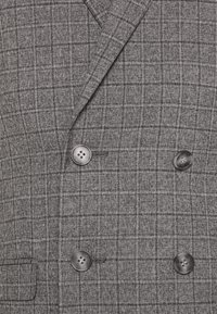 Isaac Dewhirst - CHECK DOUBLE BREASTED SUIT - Oblek - grey - 11
