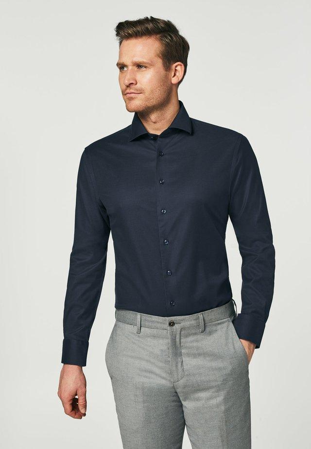 HIGH PERFORMANCE - Zakelijk overhemd - navy