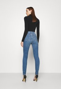 Mavi - SCARLETT - Jeans Skinny Fit - mid brushed all blue - 2