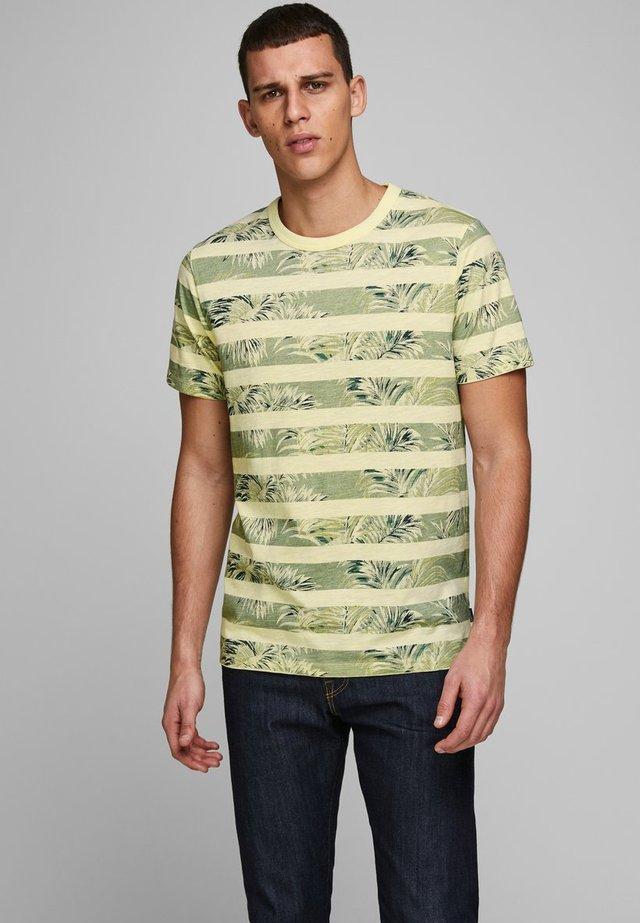 JPRDUSTIN  - T-shirt imprimé - pear sorbet