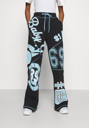 BABY GIRL VARSITY PRINT JOGGERS - Pantalones deportivos - multi
