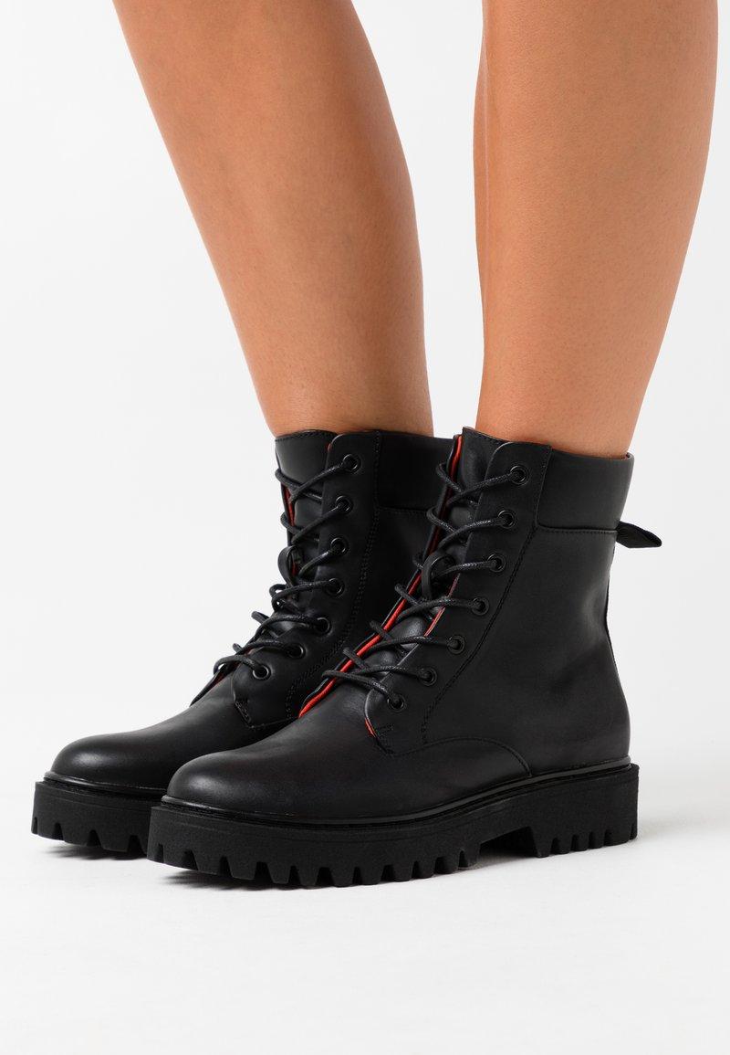 Even&Odd - Šněrovací kotníkové boty - black