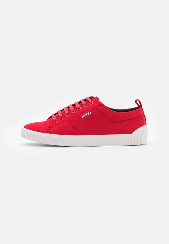 Sneakers laag - dark red