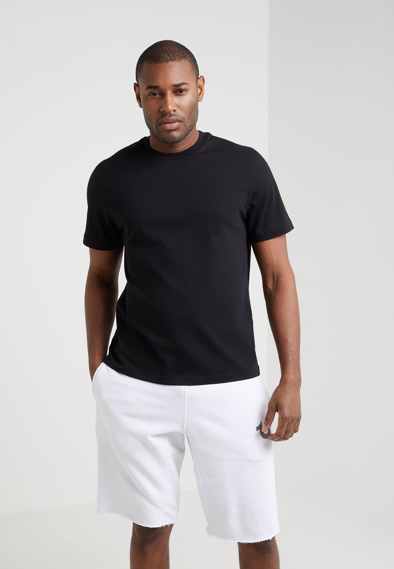Filippa K - SINGLE CLASSIC TEE - Jednoduché triko - black