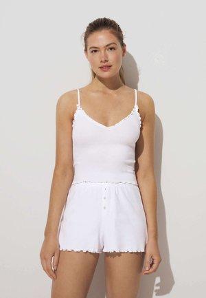 Undershirt - white