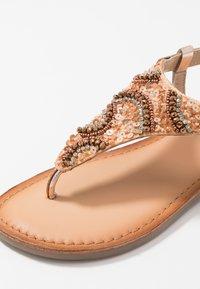 Gioseppo - LIERDE - T-bar sandals - cooper - 2