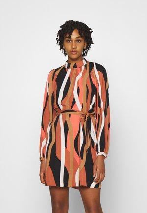 VMMOLLY SHORT DRESS - Vestito estivo - black