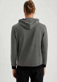 DeFacto Fit - Sweatshirt - anthracite - 2