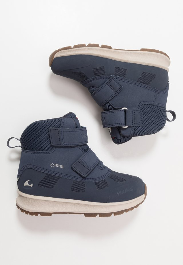 DENNIS GTX - Winter boots - navy