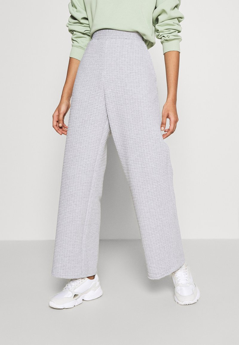 Monki - WEE - Tracksuit bottoms - grey light