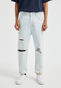 PULL&BEAR - JEANS IM RELAXED-FIT - Slim fit jeans - light-blue denim - 0