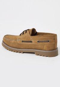 River Island - CHUNKY - Chaussures bateau - brown - 2