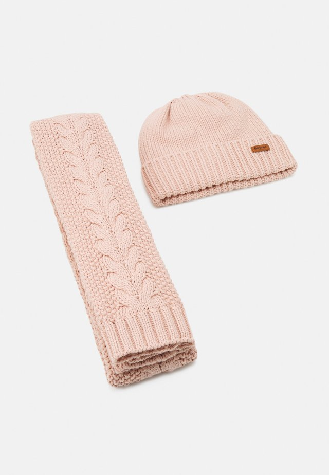 CABLE BEANIE SCARF SET - Schal - pink