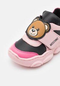 MOSCHINO - Trainers - light pink - 5