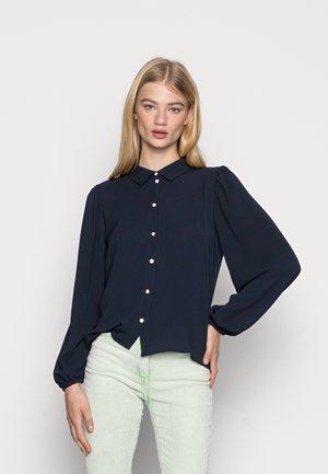 PIPER DIAMOND - Button-down blouse - sky captain