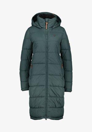 Winter coat - dark forrest