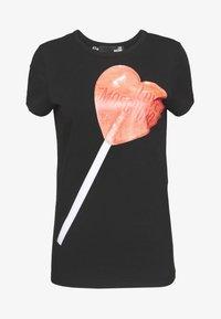 Love Moschino - Printtipaita - black/red - 4