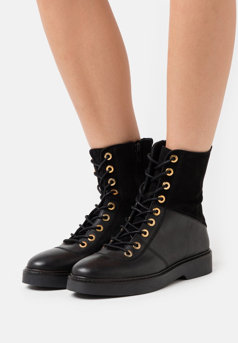 Shoe The Bear - BILLIE HIGH - Lace-up ankle boots - black