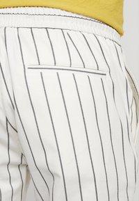 Topman - WHYATT - Trousers - cream - 5