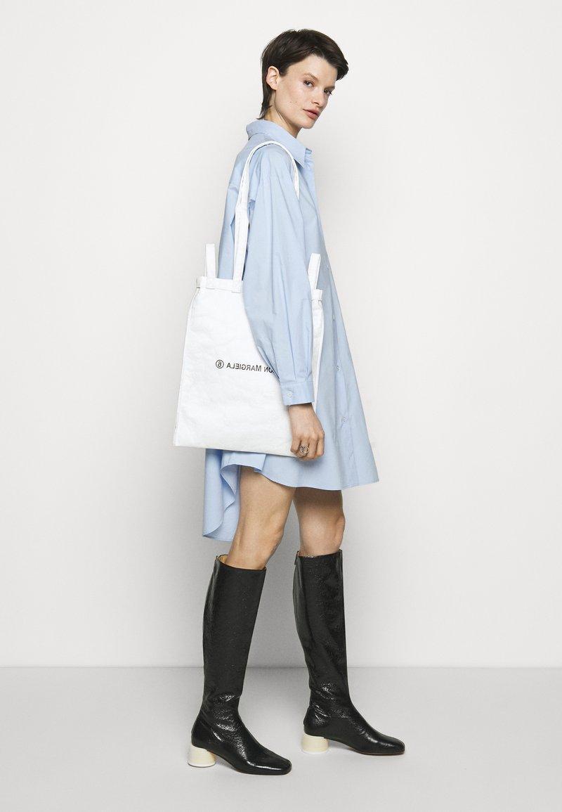 MM6 Maison Margiela - BORSA - Tote bag - white