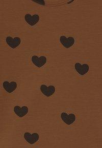 Mini Rodini - HEARTS TEE - Print T-shirt - brown - 4