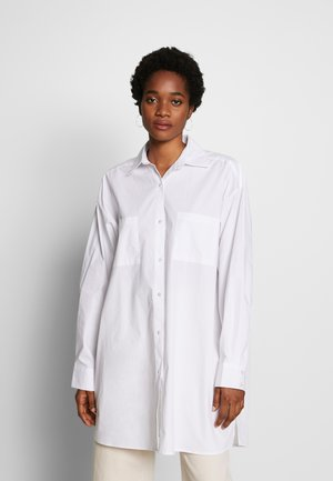 EXTRA OVERSIZE  - Button-down blouse - white