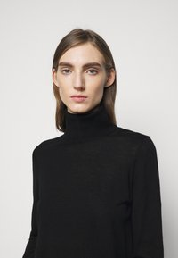 MICHAEL Michael Kors - TURTLE NECK - Svetr - black