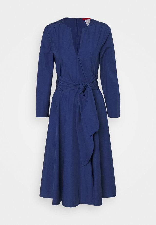 BANDOLO - Day dress - cornflower blue