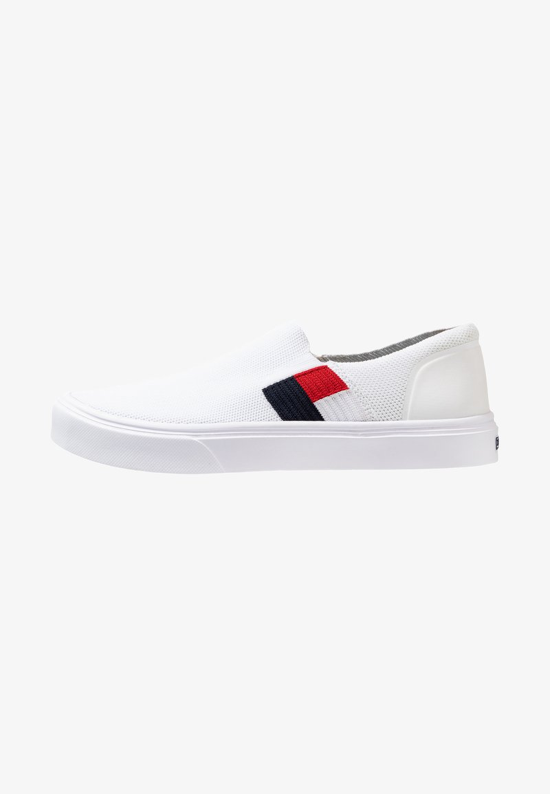 Tommy Hilfiger - LIGHTWEIGHT FLAG SLIP ON - Slip-ons - white