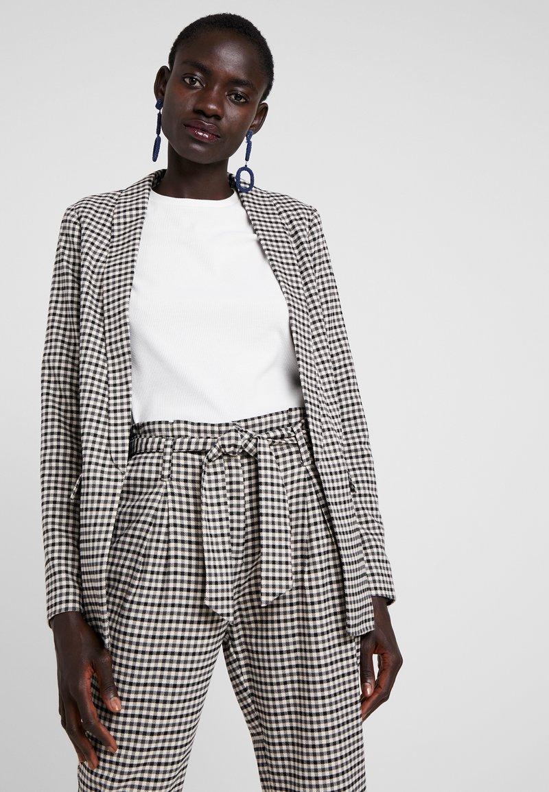 ONLY Tall - ONLLENA LONG - Short coat - grape leaf/black/cream pink