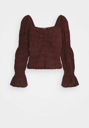 Long sleeved top - choc