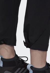 adidas Performance - HIKE TECHNICAL HIKING PANTS - Joggebukse - black - 5
