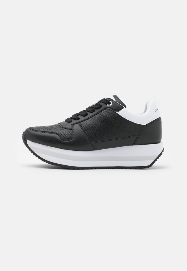 RUNNER FLATFORM LACEUP  - Sneakers laag - black
