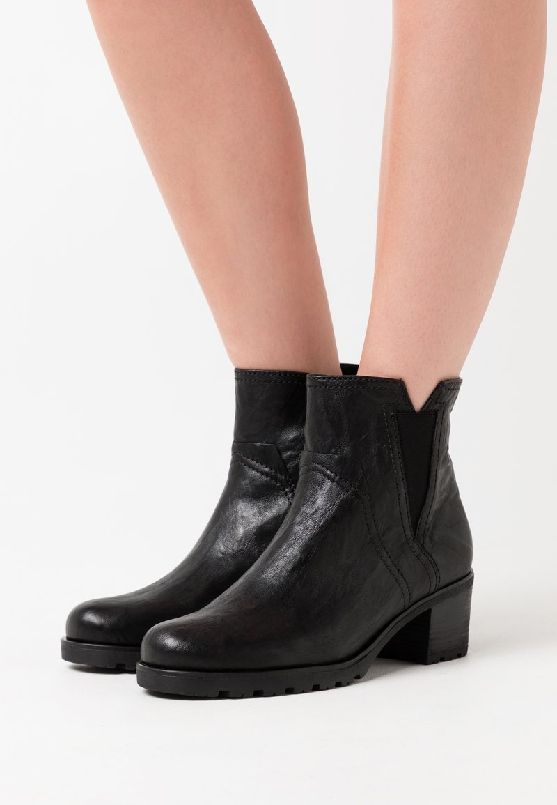 Gabor Comfort - Classic ankle boots - black