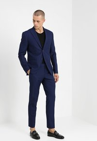 Isaac Dewhirst - FASHION SUIT - Completo - blue - 0
