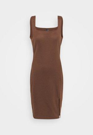 VMEDNA SHORT DRESS - Pouzdrové šaty - rocky road