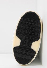 Moon Boot - Winter boots - weiß - 6