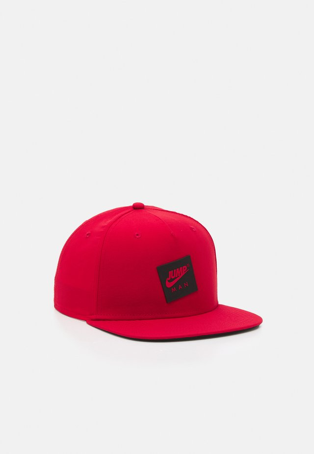 PRO - Casquette - gym red/black