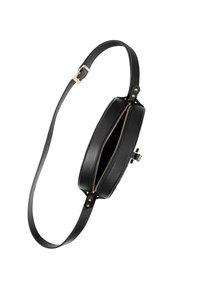 RISA - Across body bag - black - 4