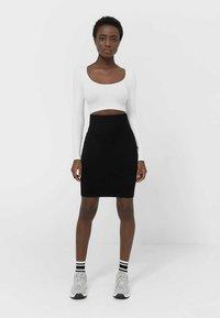 Stradivarius - Pencil skirt - black - 3
